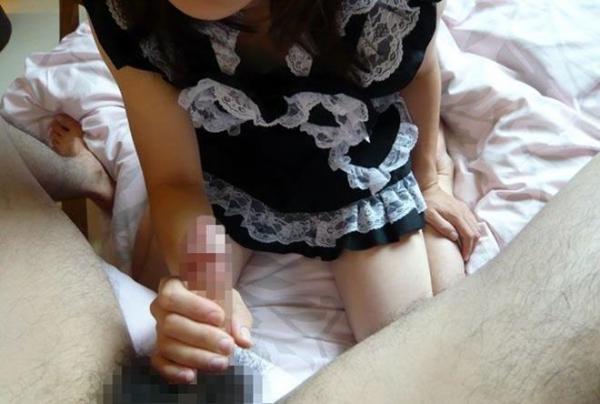 【手コキエロ画像】チンポをふんわりと包み込み様な、優しい感じの手コキwww 49