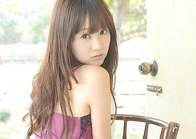 浜田翔子 薄々の過激ランジェリーや水着画像