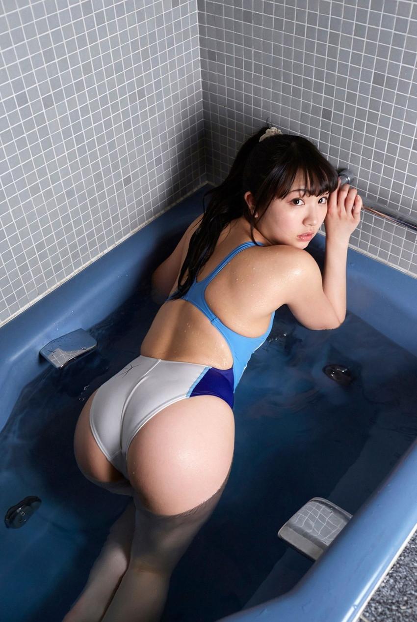 【競泳水着エロ画像】水着をずらしてチンコを挿入したくなってしまう、スク水画像がこちらですwww 27