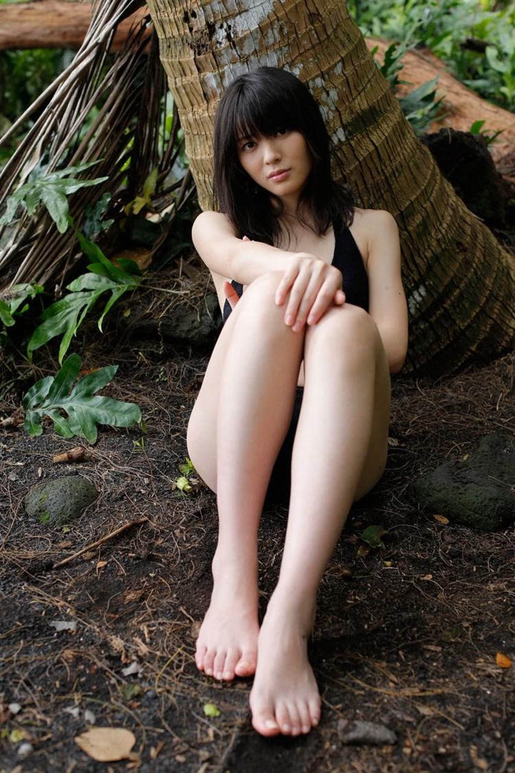 【矢島舞美エロ画像】貧乳なのか、巨乳なのか謎のハロプロ所属の美人お姉さんが最高すぎるwww 05