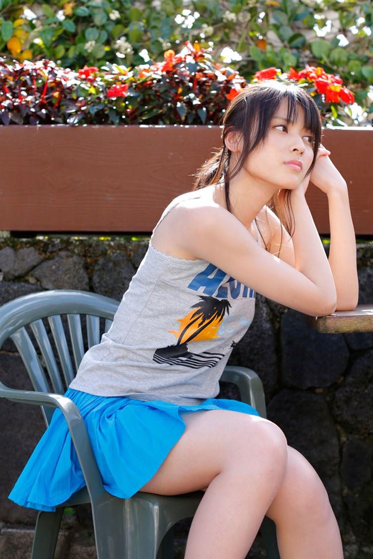 【矢島舞美エロ画像】貧乳なのか、巨乳なのか謎のハロプロ所属の美人お姉さんが最高すぎるwww 16