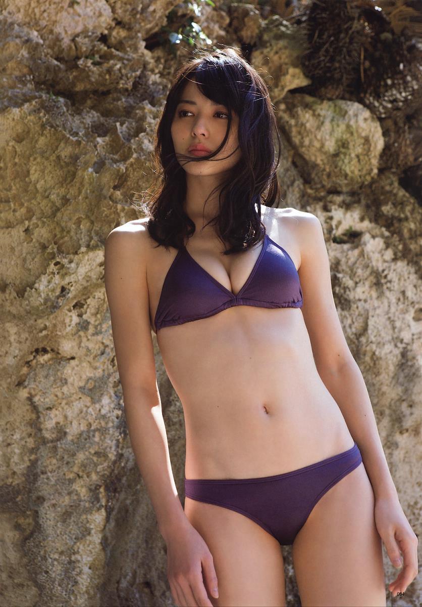 【矢島舞美エロ画像】貧乳なのか、巨乳なのか謎のハロプロ所属の美人お姉さんが最高すぎるwww 29