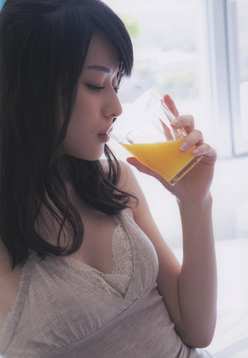 【矢島舞美エロ画像】貧乳なのか、巨乳なのか謎のハロプロ所属の美人お姉さんが最高すぎるwww 36