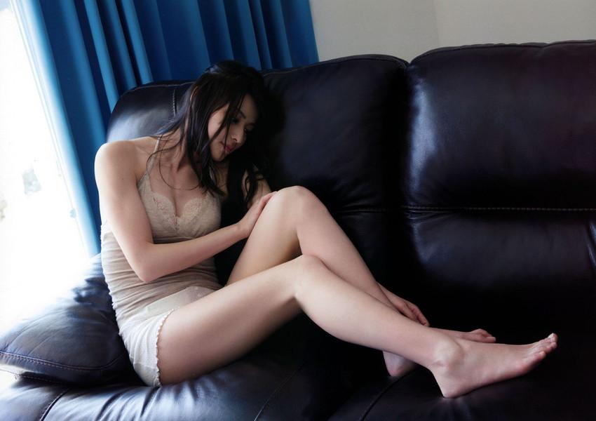 【矢島舞美エロ画像】貧乳なのか、巨乳なのか謎のハロプロ所属の美人お姉さんが最高すぎるwww 39