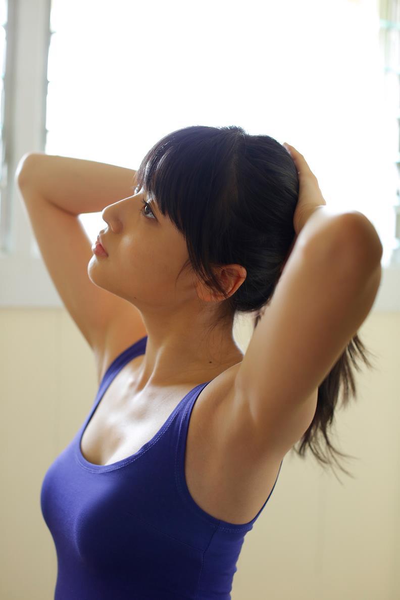 【矢島舞美エロ画像】貧乳なのか、巨乳なのか謎のハロプロ所属の美人お姉さんが最高すぎるwww 50