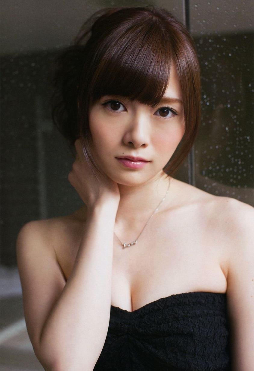 【白石麻衣エロ画像】「パイやん」と呼ばれている、清楚系美少女アイドルのけしからん乳www 03