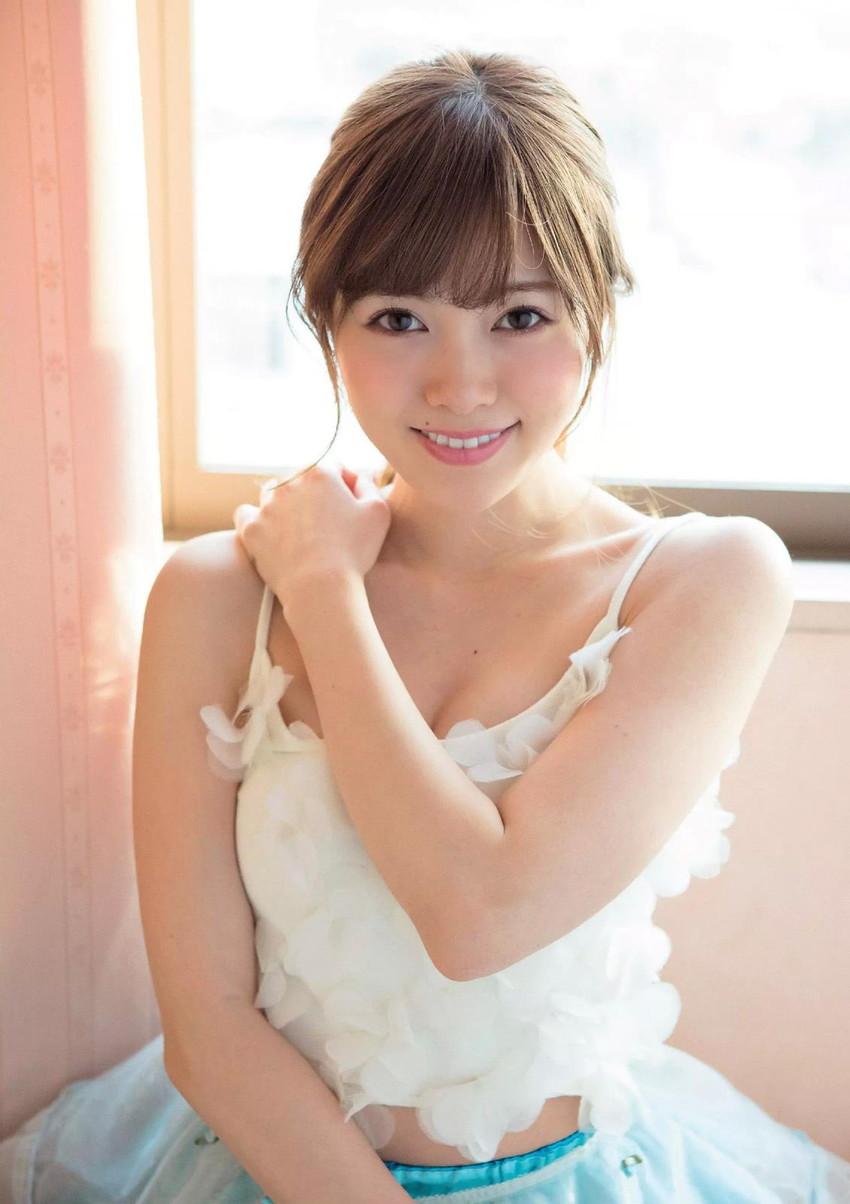 【白石麻衣エロ画像】「パイやん」と呼ばれている、清楚系美少女アイドルのけしからん乳www 23