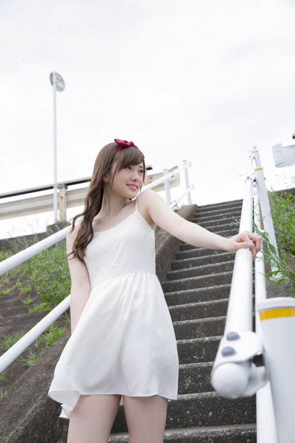 【白石麻衣エロ画像】「パイやん」と呼ばれている、清楚系美少女アイドルのけしからん乳www 43