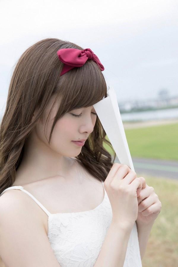 【白石麻衣エロ画像】「パイやん」と呼ばれている、清楚系美少女アイドルのけしからん乳www 44