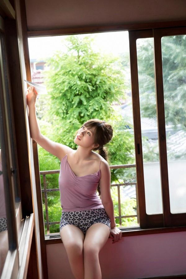 【白石麻衣エロ画像】「パイやん」と呼ばれている、清楚系美少女アイドルのけしからん乳www 47