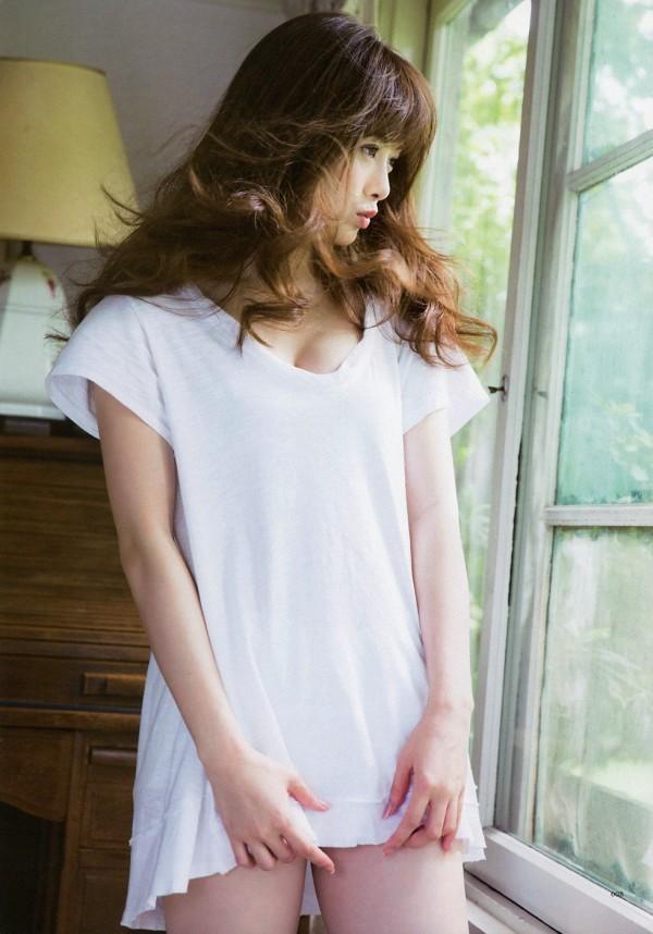 【白石麻衣エロ画像】「パイやん」と呼ばれている、清楚系美少女アイドルのけしからん乳www 49