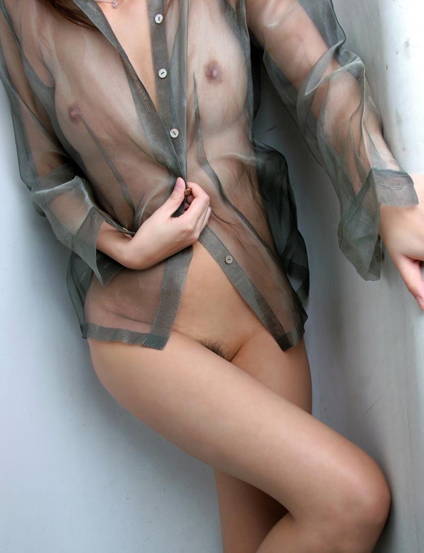 【透け下着エロ画像】おっぱいやおマンコが透けている下着や水着画像wwww 10