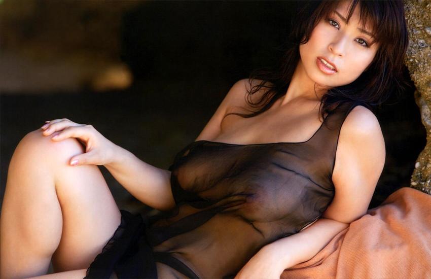 【透け下着エロ画像】おっぱいやおマンコが透けている下着や水着画像wwww 44