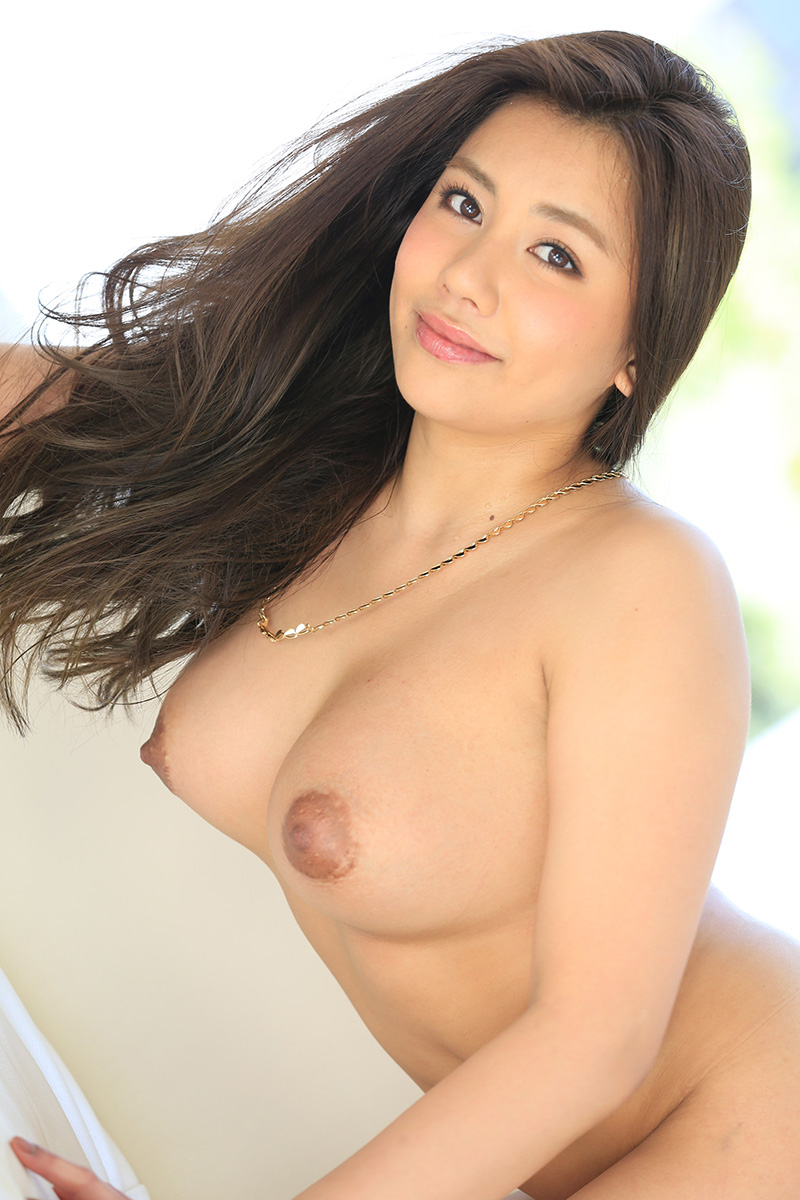 【松本メイエロ画像】ハーフな顔立ちで淫乱そうな若妻と、不倫セックスしたくない? 11