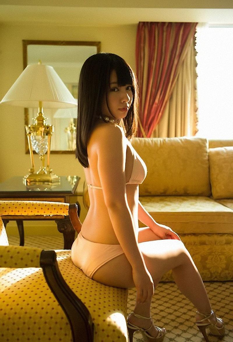 【山田菜々エロ画像】NMBのお笑い担当が、とてつもなくエッチな身体をしているんだが・・・(※勃起注意) 47
