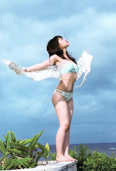 【山田菜々エロ画像】NMBのお笑い担当が、とてつもなくエッチな身体をしているんだが・・・(※勃起注意) 08