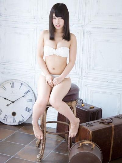 【山田菜々エロ画像】NMBのお笑い担当が、とてつもなくエッチな身体をしているんだが・・・(※勃起注意) 22