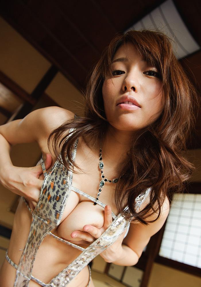 【美雪ありすエロ画像】乃木坂46の新内眞衣さんにそっくりなAV女優が発見されるwww 43