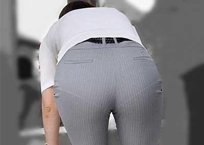 【パンツスーツエロ画像】タイトなパンツスーツの尻ほどエロいものは無い!街中で最もエロい恰好で歩いちゃってる働く女性達の尻画像厳選50枚でヌけ!