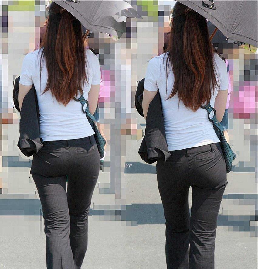 【パンツスーツエロ画像】タイトなパンツスーツの尻ほどエロいものは無い!街中で最もエロい恰好で歩いちゃってる働く女性達の尻画像厳選50枚でヌけ! 30