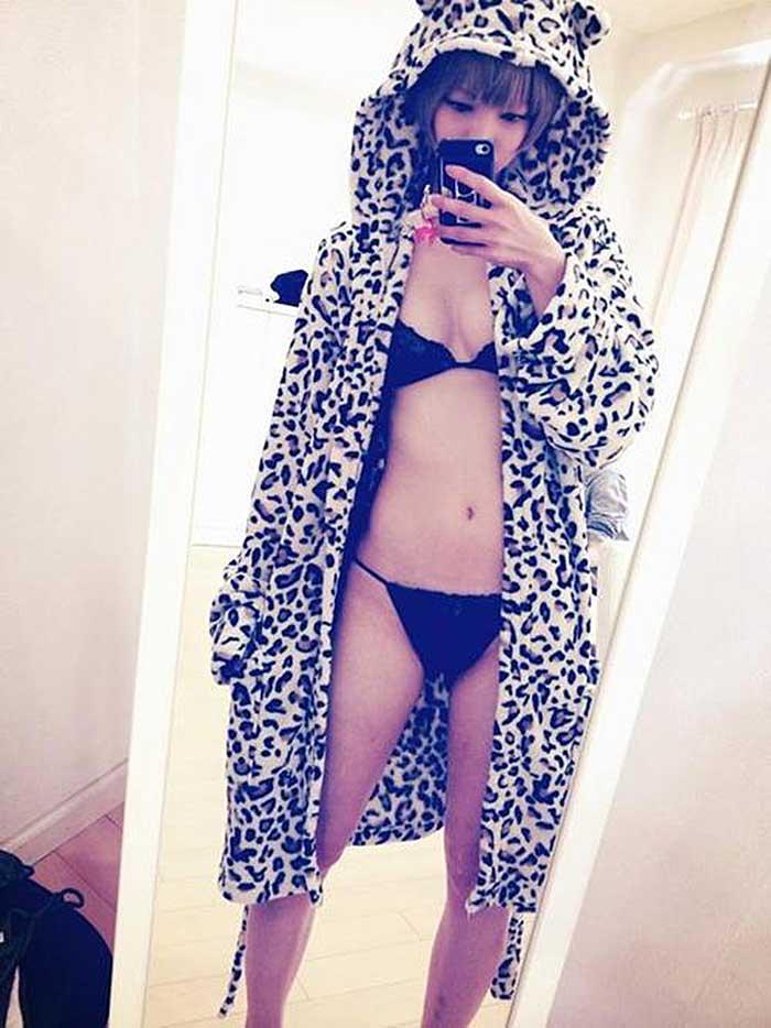 【グラビアエロ画像】金髪ショトカ界の神最上もがのヌける超セクシーグラビア画像50選!かわいいがハミ出まくってます!! 35