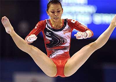 【レオタードエロ画像】バレエと体操のレオタードってなんでこんなにエロいの?乳首勃起やマン型くっきりのスポーツエロ画像50枚