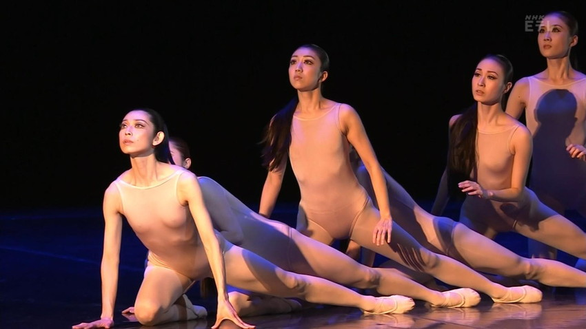 【レオタードエロ画像】バレエと体操のレオタードってなんでこんなにエロいの?乳首勃起やマン型くっきりのスポーツエロ画像50枚 02