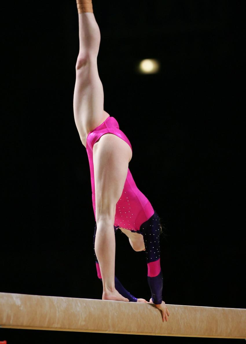 【レオタードエロ画像】バレエと体操のレオタードってなんでこんなにエロいの?乳首勃起やマン型くっきりのスポーツエロ画像50枚 29