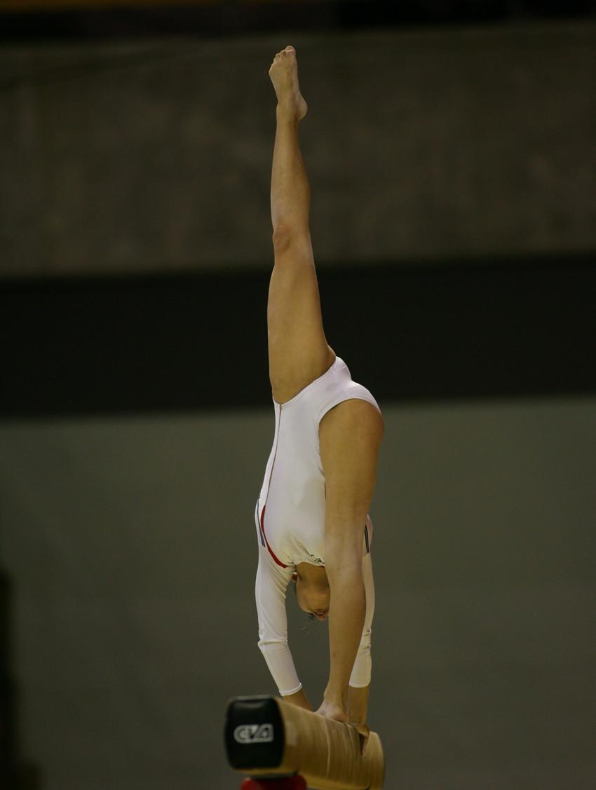 【レオタードエロ画像】バレエと体操のレオタードってなんでこんなにエロいの?乳首勃起やマン型くっきりのスポーツエロ画像50枚 30