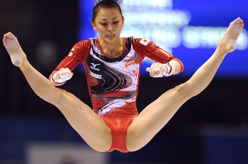 【レオタードエロ画像】バレエと体操のレオタードってなんでこんなにエロいの?乳首勃起やマン型くっきりのスポーツエロ画像50枚 35