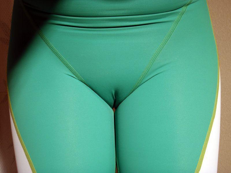 【マンスジエロ画像】コッテコテでもマンスジ・メコスジがやっぱ好っきやねん!このラインに鼻頭を思いっきりねじ込みたい!最高のスジ画像50選 37