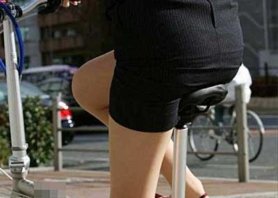 【リクルートスーツエロ画像】頑張りエロの最高峰、リクルートスーツ!女性は永遠に就活していてほしいすww穴が開くほど見てしまうリ就活スーツエロ画像