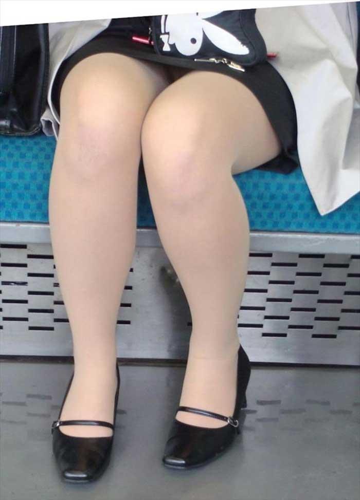 【リクルートスーツエロ画像】頑張りエロの最高峰、リクルートスーツ!女性は永遠に就活していてほしいすww穴が開くほど見てしまうリ就活スーツエロ画像 12
