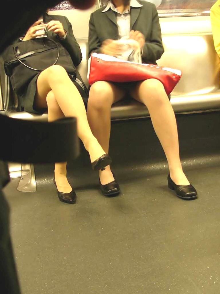 【リクルートスーツエロ画像】頑張りエロの最高峰、リクルートスーツ!女性は永遠に就活していてほしいすww穴が開くほど見てしまうリ就活スーツエロ画像 21