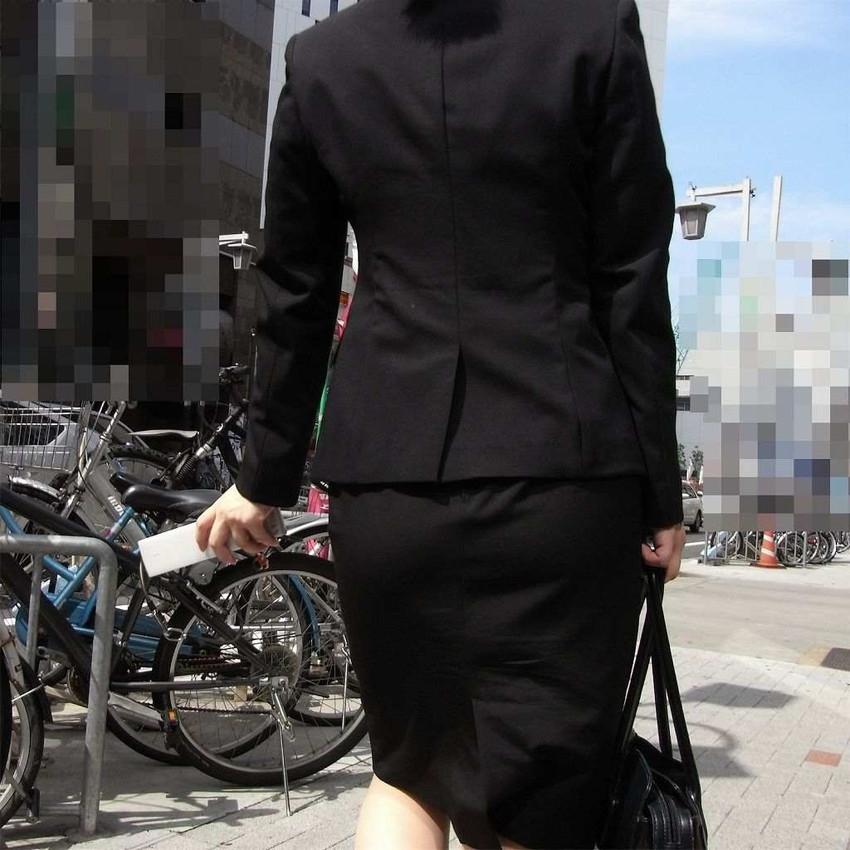 【リクルートスーツエロ画像】頑張りエロの最高峰、リクルートスーツ!女性は永遠に就活していてほしいすww穴が開くほど見てしまうリ就活スーツエロ画像 33
