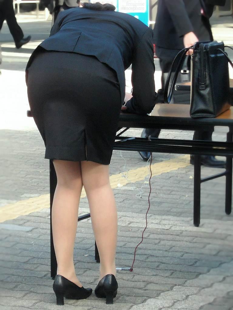 【リクルートスーツエロ画像】頑張りエロの最高峰、リクルートスーツ!女性は永遠に就活していてほしいすww穴が開くほど見てしまうリ就活スーツエロ画像 34