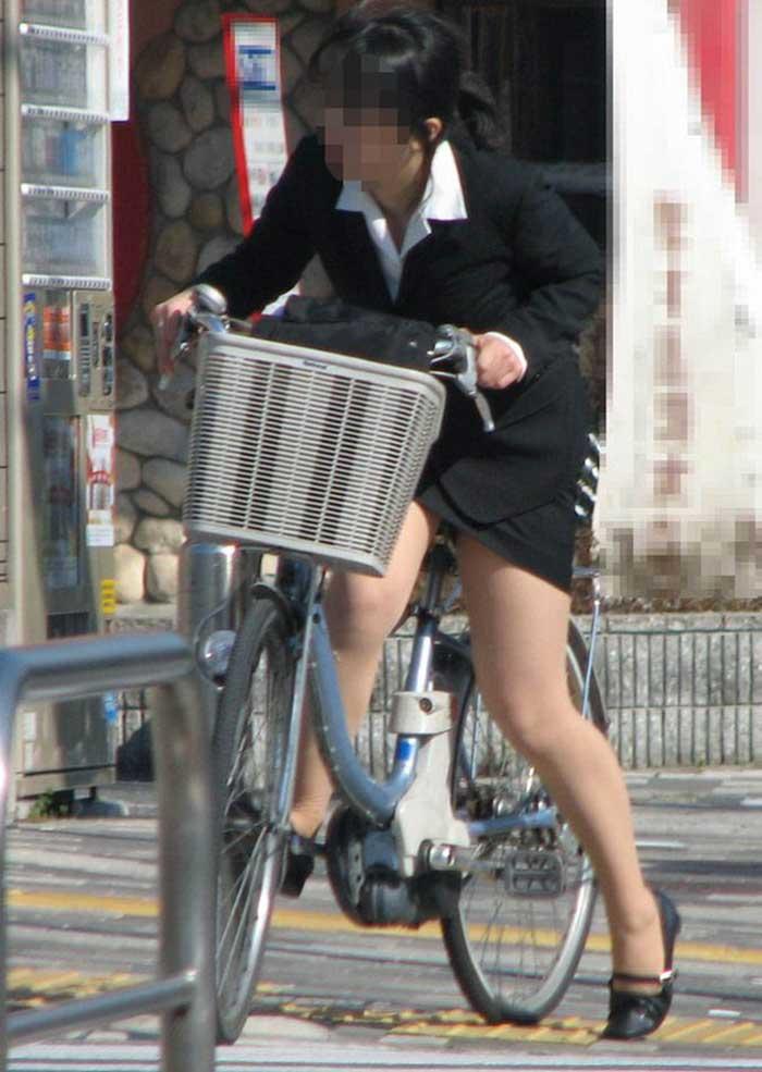 【リクルートスーツエロ画像】頑張りエロの最高峰、リクルートスーツ!女性は永遠に就活していてほしいすww穴が開くほど見てしまうリ就活スーツエロ画像 44