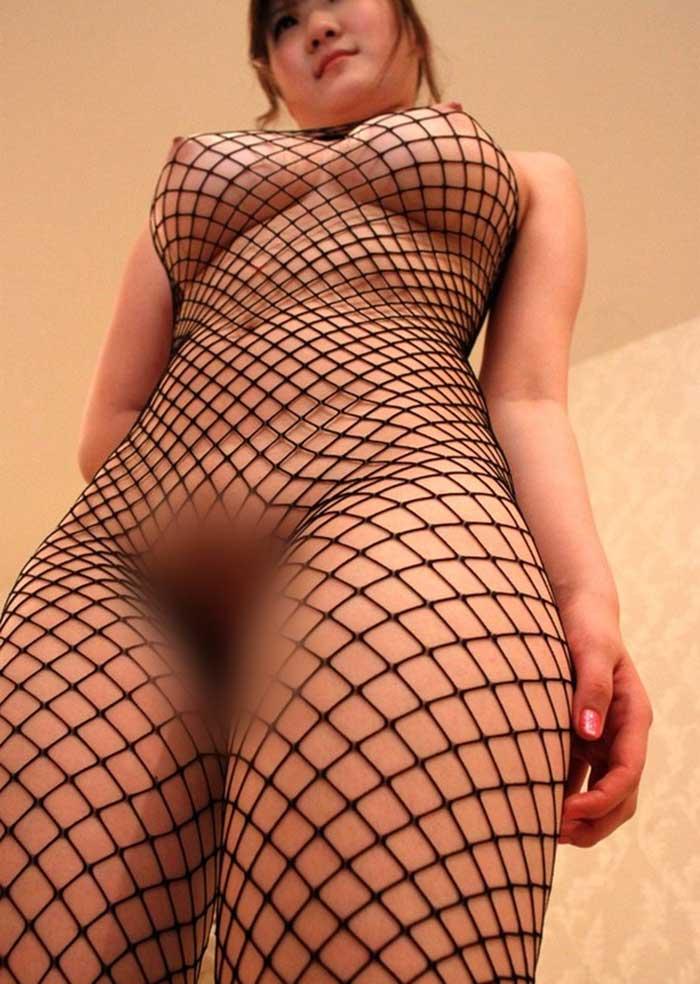 【全身タイツエロ画像】裸に全身タイツが普通の網タイツより100万倍エロいという法則!乳首完全にこすれちゃってますよねwwどんどん勃起してますよ 11