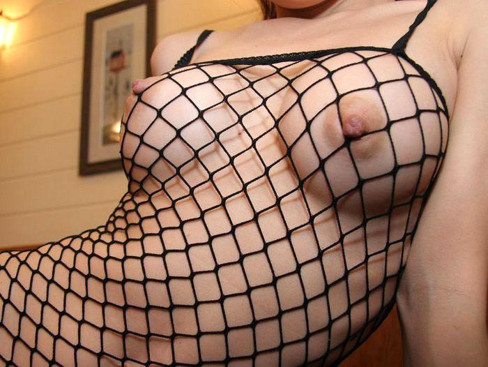 【全身タイツエロ画像】裸に全身タイツが普通の網タイツより100万倍エロいという法則!乳首完全にこすれちゃってますよねwwどんどん勃起してますよ 42