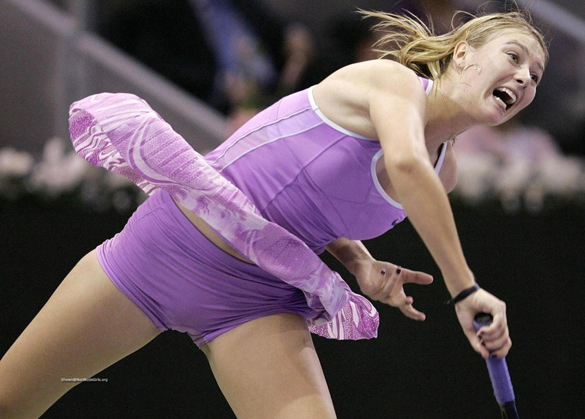 【シャラポアエロ画像】恐らく世界中で最もオカズにされたアスリートwwフェロモン前回テニスプレーヤー「マリア・シャラポア」の乳首ポチ・スジ画像集。 45