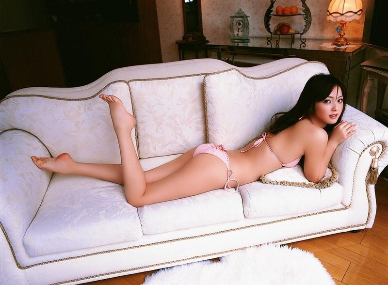【佐々木希エロ画像】佐々木希のセクシー画像を見よう!他のグラビアアイドルのこと簡単に「女神」とか言えなくなるからw女神なのにこんなにエロいんすねw 20