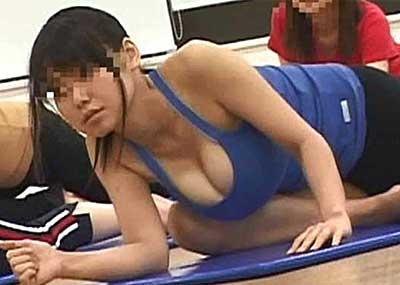【スポーツウエアエロ画像】スポーツジムってこんなにエロいの!こんなにやらしい恰好した娘が見られるなんて会費安いとさえ感じてしまうエロ画像集