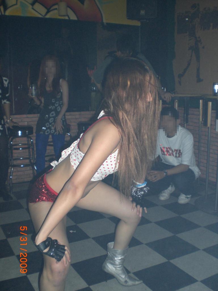 【レゲエダンサーエロ画像】恰好もポーズもヤバイ程エロいレゲエダンス。ダンサーの開脚系超エロ画像集50連発! 38