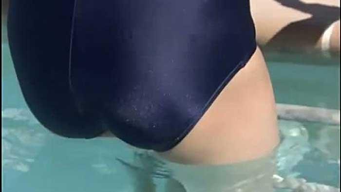 【桜庭ななみエロ画像】清楚系美女No1の桜庭ななみがエロい水着でテニスやったり、スク水コスチュームで乳首ぽっちん的なエロい画像集 25