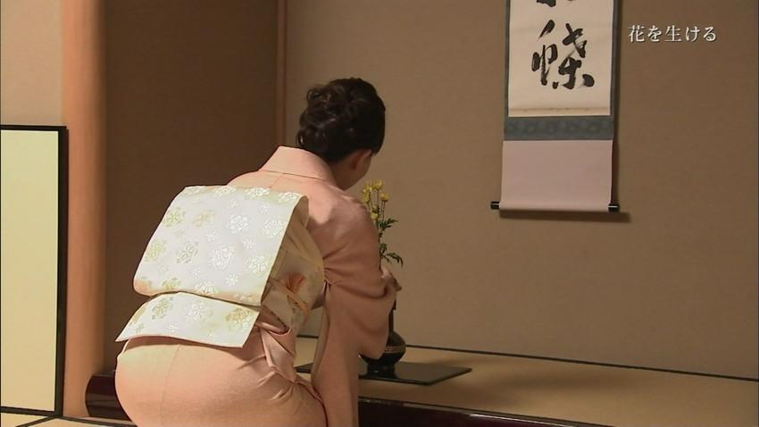 【女子アナエロ画像】女子アナの普段見せない尻!ピタパン、タイトスカートだからパンティーライン丸見えのお宝画像で抜く素晴らしさww 26