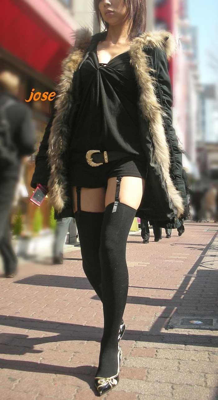【ガーターベルトエロ画像】女性下着で最も脱がされない物がガーターベルト。女性を8倍増しでエロくさせる最強アイテムを身に着けたエロ画像集 46